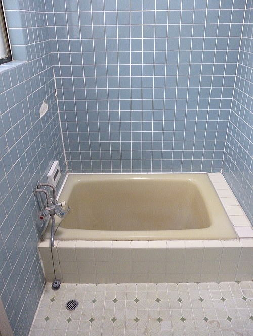 ホームリメイク北熊本1浴室タイルリフォーム施工前