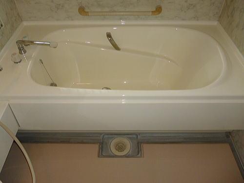浴室リフォーム浴槽施工後