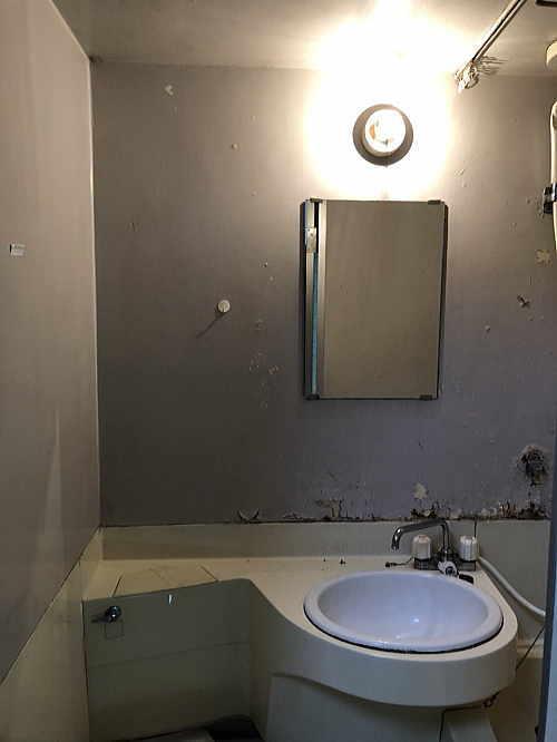 アパートユニットバス壁洗面ボールリフォーム福岡市博多区施工前2