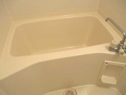 アパートユニットバス浴槽ひび割れリフォーム鹿児島市施工後2