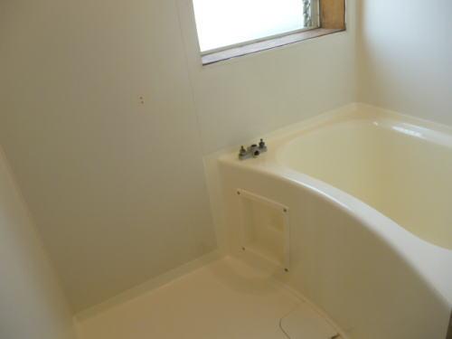アパート浴槽リフォーム熊本市施工後2