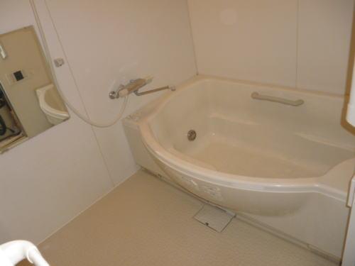 アパート浴槽リフォーム熊本県荒尾市施工前3