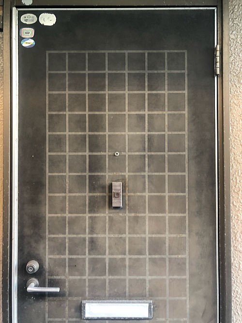 アパート玄関ドアリフォーム鹿児島市施工前2