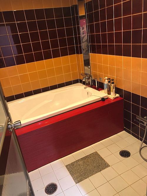 ホテル従来浴室リフォーム福岡県久留米市施工前1
