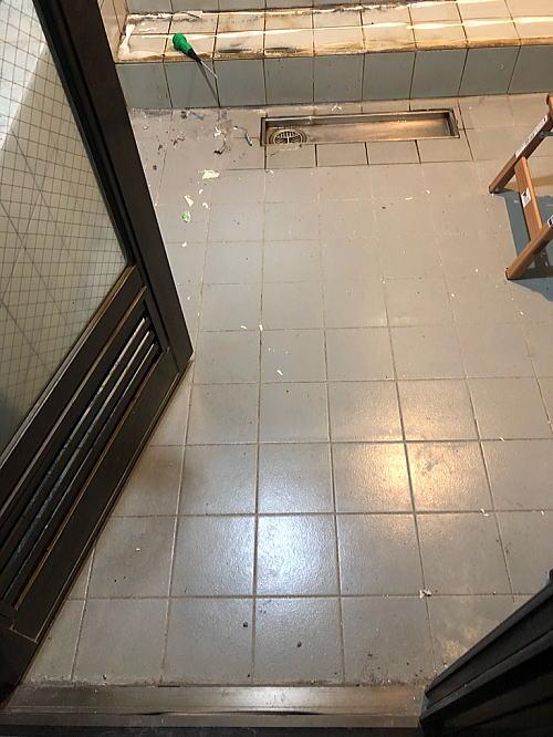 ホテル従来浴室リフォーム福岡県久留米市施工前2