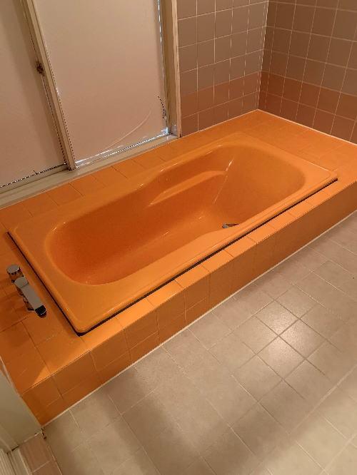 ホテル浴槽塗装リフォーム大分県別府市施工中2