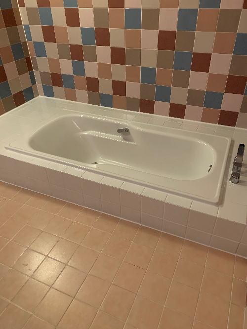 ホテル浴槽塗装リフォーム大分県別府市施工後1