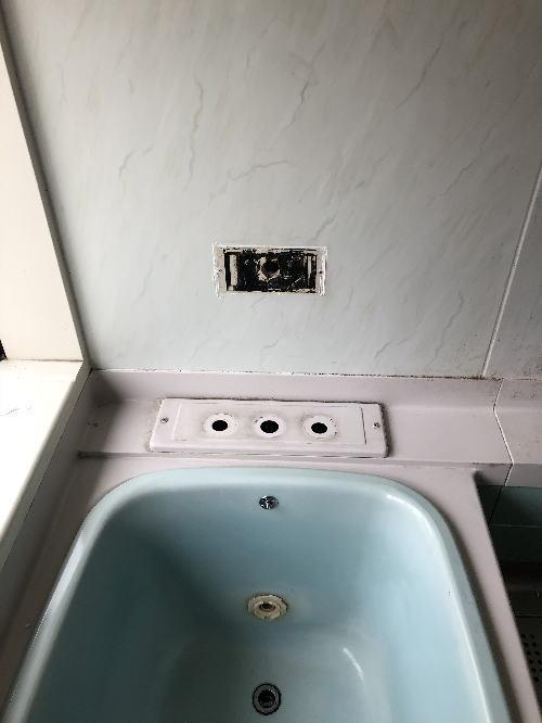 戸建てバスルームリフォーム福岡市南区施工前4