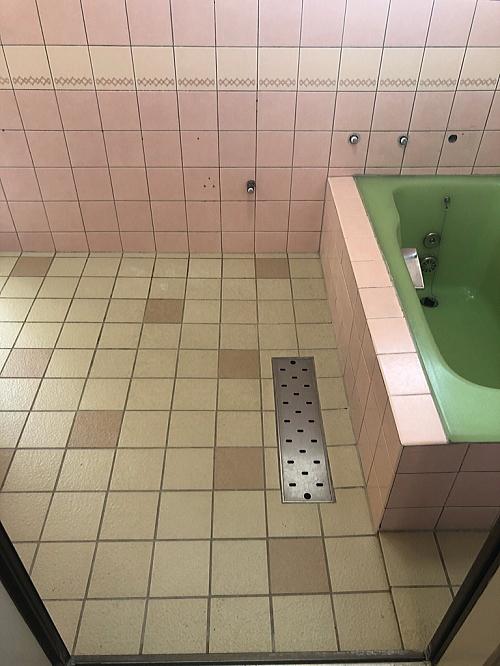戸建従来浴室タイル壁床リフォーム熊本県上天草市施工前2