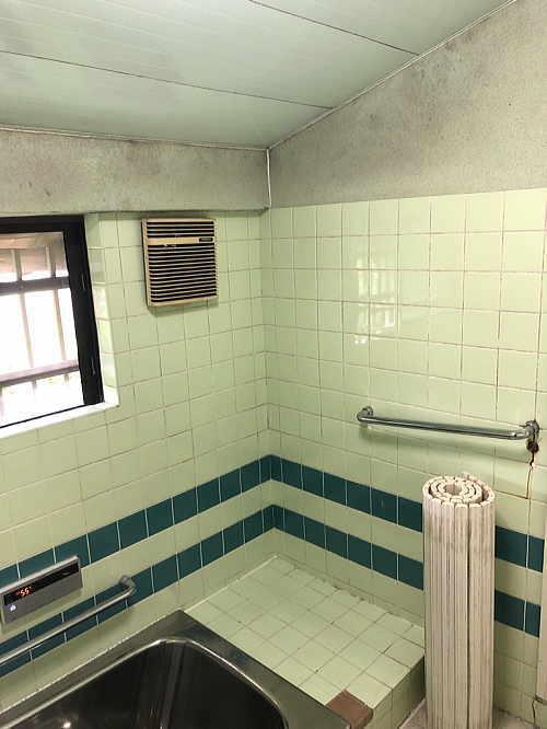 戸建従来浴室リフォーム大牟田市施工前2
