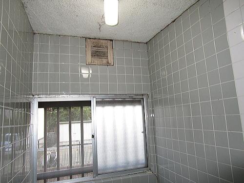 戸建従来浴室リフォーム福岡市早良区施工前3