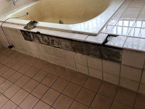 戸建従来浴室リフォーム福岡県うきは市施工前3