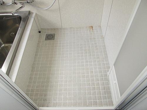 戸建従来浴室床タイルリフォーム長崎市