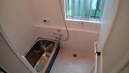 戸建浴室壁タイル床リフォーム佐賀県西松浦郡施工前