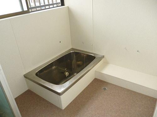浴室タイル床壁リフォーム飯塚市施工後1