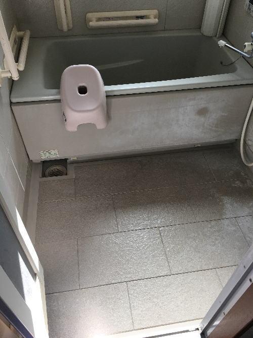 浴室床リフォーム福岡市東区施工前2