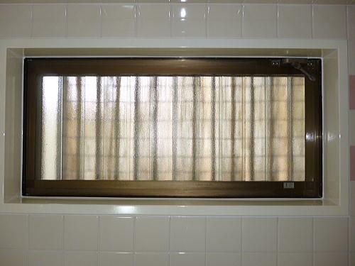 浴槽窓枠リフォーム福岡市施工後3