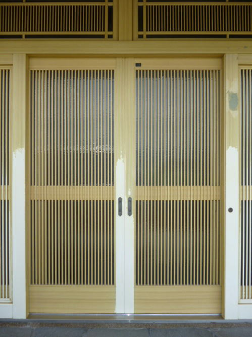 玄関ドアリフォーム熊本県八代市施工前1