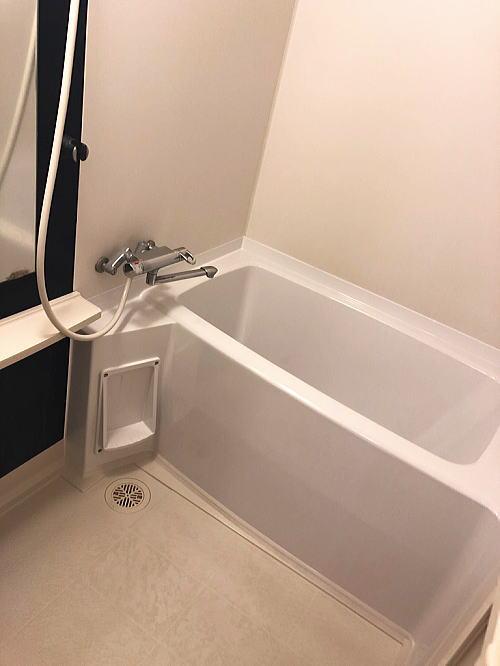 賃貸マンションユニットバス浴槽リフォーム熊本市施工後1